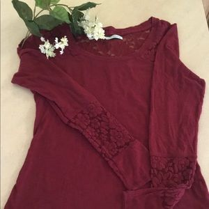 Maurices blouse with lace